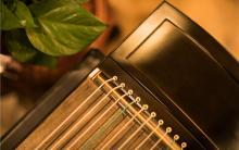 遥指对于古筝乐曲表现力的意义